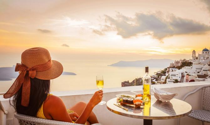 How to Get the Most Out of Your Time on Santorini