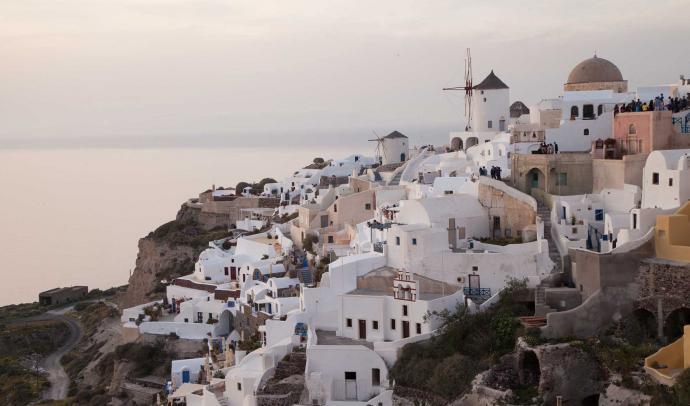 The Best Sunset Spots of Santorini - A Guide by Santorini Best Tours